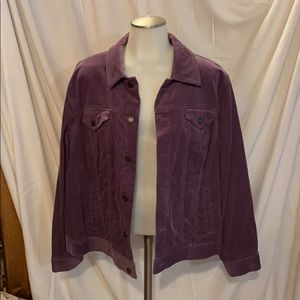Button down jacket with four pockets